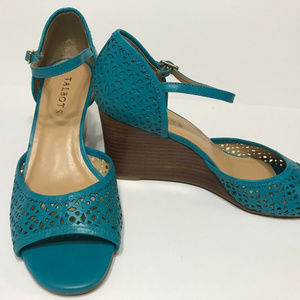 Talbots Turquoise Wedges Sandals Shoes Size 8